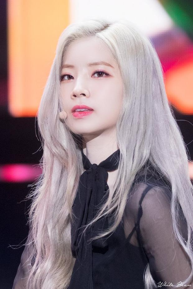 7 nữ idol có sống mũi đẹp nhất Kpop: 2 nữ thần Irene - Nancy cạnh tranh gay gắt, bất ngờ nhất là idol debut gần 10 năm - Ảnh 7
