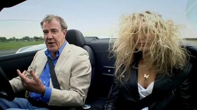 14 bức ảnh cho thấy 'nỗi khổ trời không thấu' chỉ chị em phụ nữ tóc dài mới hiểu, đẹp lắm thì đau nhiều quả không sai mà! - Ảnh 7