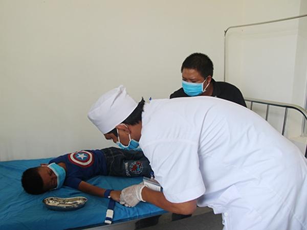 Đắk Nông: Ghi nhận 2 trường hợp dương tính với vi khuẩn bạch hầu, trong đó có 1 trường hợp tử vong - Ảnh 1