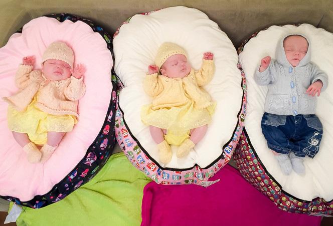 Hy hữu: Bà mẹ sinh liền 4 đứa con chỉ trong vòng 11 tháng - Ảnh 1