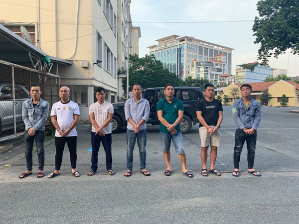 Lời khai của nhóm bắt cóc gia đình doanh nhân ở Sài Gòn, cướp 35 tỷ đồng - Ảnh 1