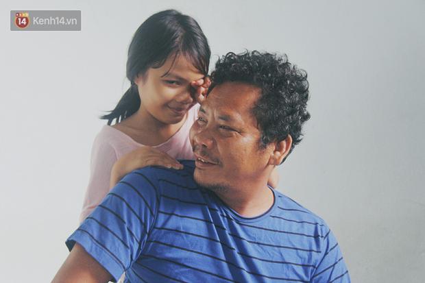 Vợ ngại khổ, bỏ lại chồng tật nguyền cùng 2 đứa con gái thơ dại trong căn chòi xập xệ để đi tìm hạnh phúc mới - Ảnh 5