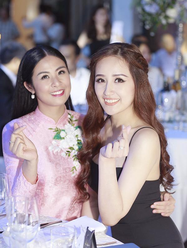 Mai Phương Thuý mặc váy dây khoe vòng 1 'nhức mắt' tại đám cưới Tú Anh - Ảnh 4