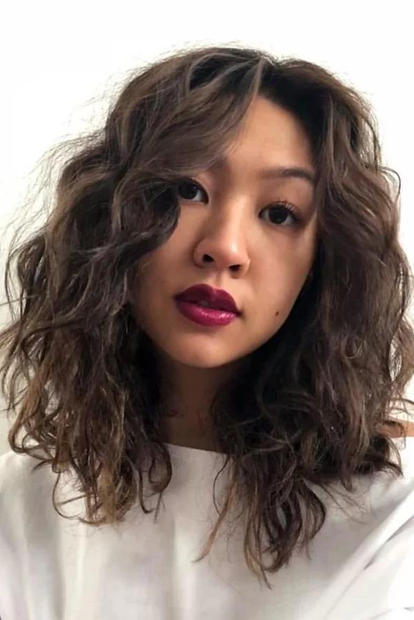 8 mẫu tóc xoăn lỡ giúp nàng trông thời thượng mà không bị già - Ảnh 8