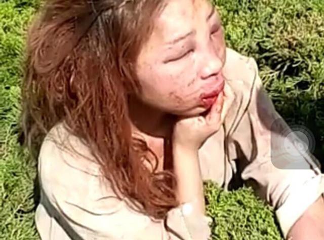 Cặp kè với đàn ông có vợ, hotgirl xinh đẹp bị đánh ghen đến mặt mũi biến dạng - Ảnh 3