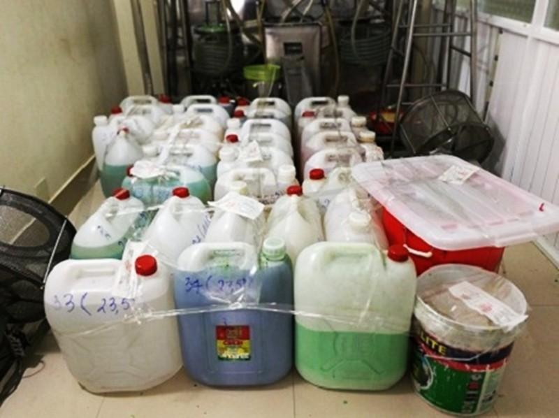 Vụ thuốc ho làm từ phẩm màu, dầu ăn ở TP.HCM: Bộ Y tế vào cuộc - Ảnh 2