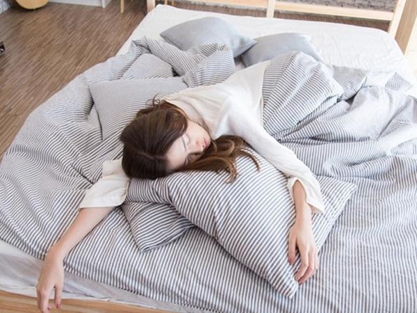 Bạn sẽ chẳng còn dám ngủ nướng nữa nếu phát hiện thói quen này gây hại cho sức khỏe như thế nào - Ảnh 3