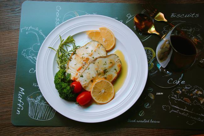 Tôi đã tìm ra cách làm món cá của đầu bếp nhà hàng và quá bất ngờ vì cực đơn giản - Ảnh 5