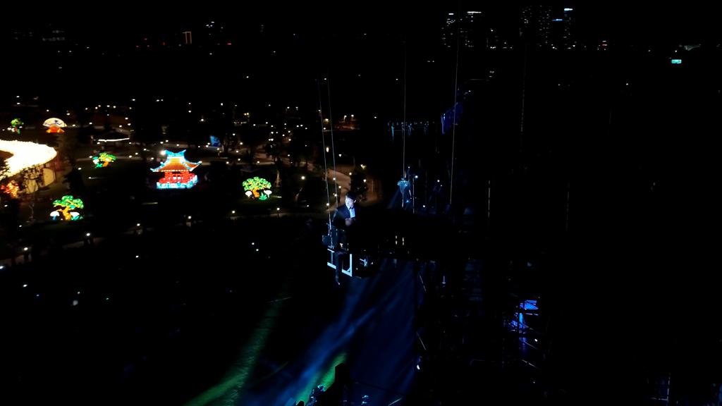 Khán giả vỡ oà với màn biểu diễn Piano bay trong đêm Love Songs Party - Ảnh 4