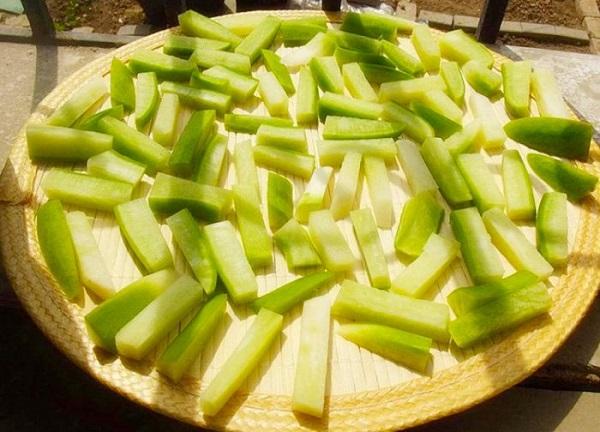 Rảnh rỗi làm củ cải muối cay theo công thức gia truyền ăn cả tuần không ngán - Ảnh 2