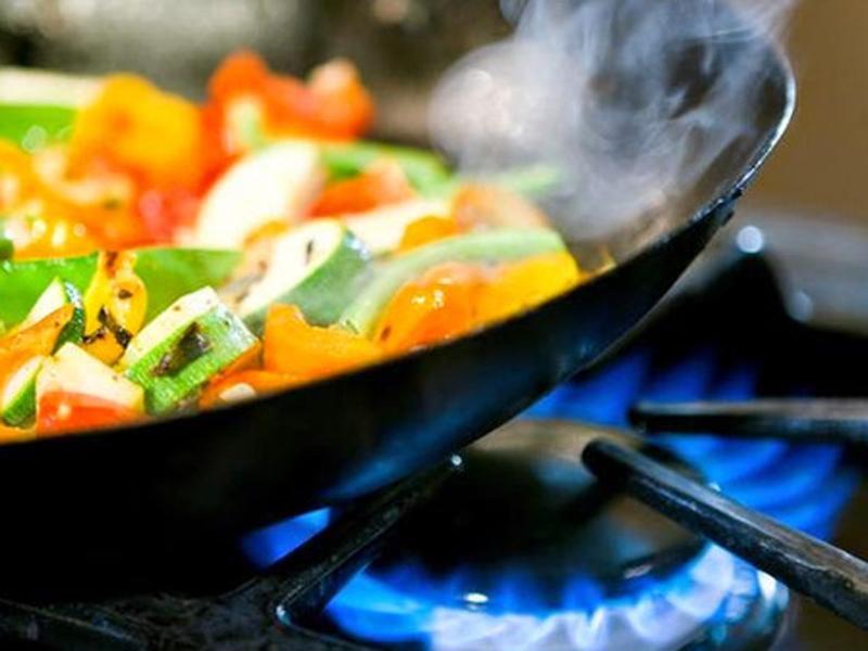 Chị em phải biết: Nếu bỏ qua 7 chi tiết này khi nấu nướng, ung thư sẽ tìm đến ngay - Ảnh 5