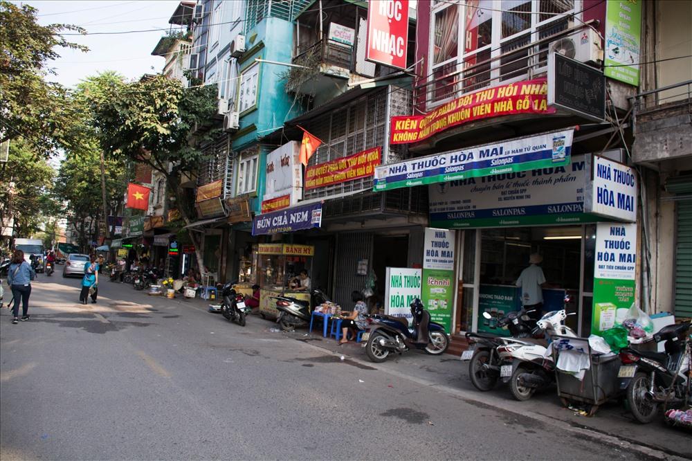 Hà Nội: Hàng chục hộ dân nhà bêtông kiên cố thảng thốt vì bị đưa vào diện thu hồi nhà gỗ 'xập xệ' - Ảnh 3