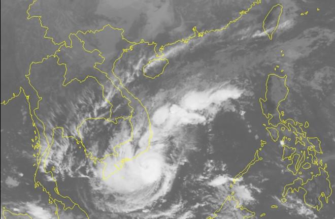 Học sinh TP.HCM được nghỉ từ 12h trưa nay để tránh bão - Ảnh 2