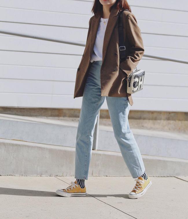 """Kết hợp cực """"ngọt"""" với mọi set đồ, sneakers chính là đôi giày phải sắm trong mùa đông năm nay - Ảnh 15"""