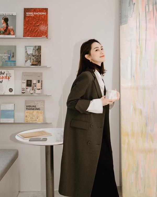 Top 4 kiểu áo khoác vừa ấm áp vừa thời trang đón Tết Nguyên Đán - Ảnh 4