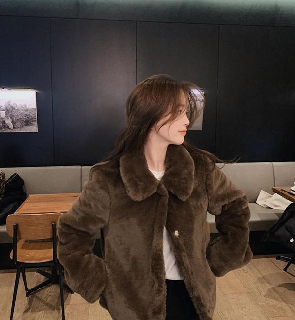 Top 4 kiểu áo khoác vừa ấm áp vừa thời trang đón Tết Nguyên Đán - Ảnh 8