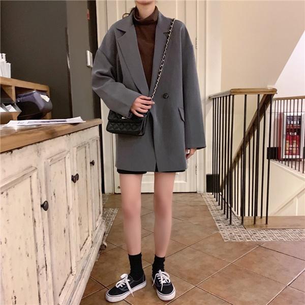 Top 4 kiểu áo khoác vừa ấm áp vừa thời trang đón Tết Nguyên Đán - Ảnh 10