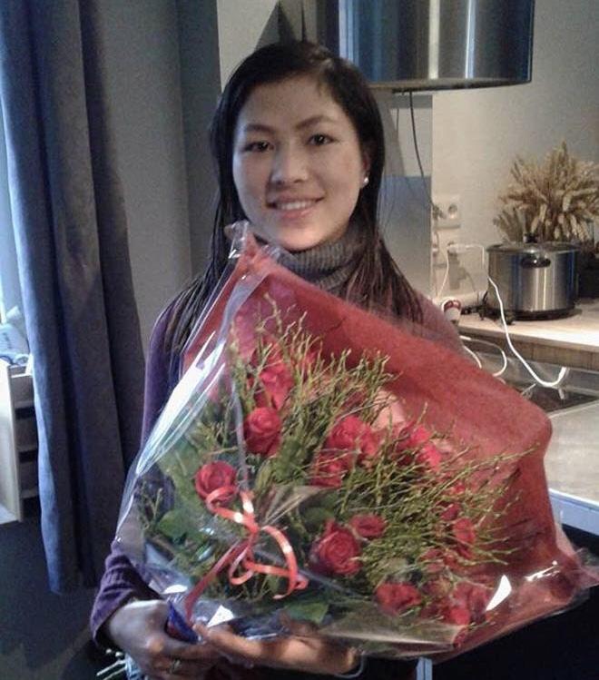 Cô bé H'Mông nói tiếng Anh như gió lấy chồng là doanh nhân Bỉ - Ảnh 8