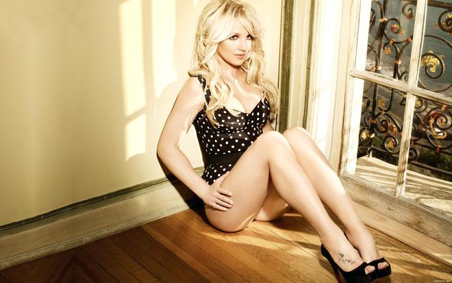 Những phương pháp luyện tập giúp Britney Spears có được thân hình 'chuẩn không cần chỉnh' để lấn sân giới thời trang - Ảnh 3