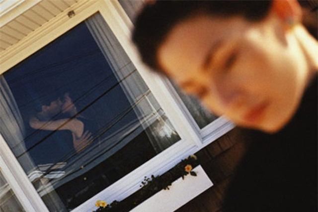 Đây là lý do dù có vợ đẹp con ngoan đàn ông vẫn ngoại tình đến quên lối về, chị em đọc xong đừng khóc - Ảnh 2