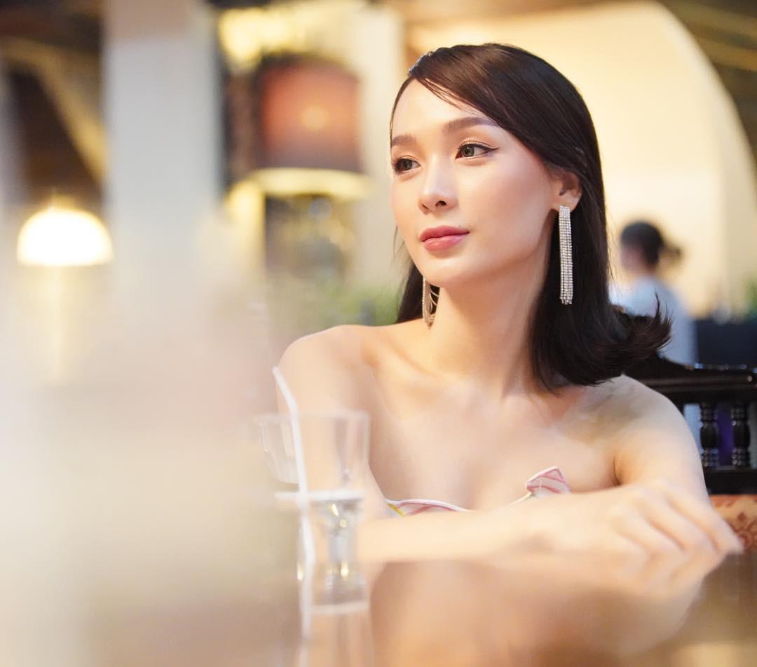 Soi mặt mộc của dàn mỹ nhân chuyển giới hot nhất Thái Lan: Nong Poy quá đỉnh, Yoshi đẹp tựa thiên thần đời thực - Ảnh 13
