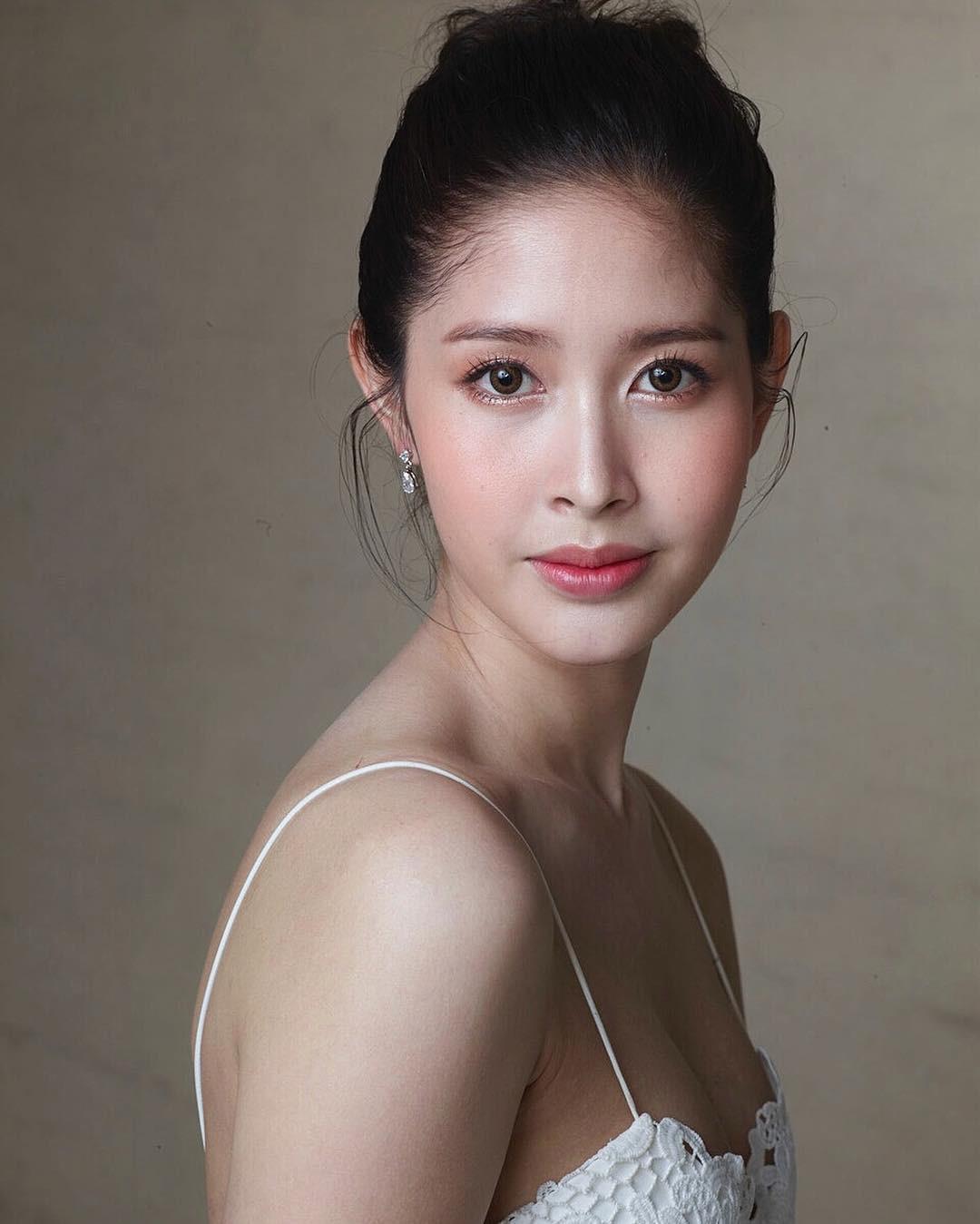 Soi mặt mộc của dàn mỹ nhân chuyển giới hot nhất Thái Lan: Nong Poy quá đỉnh, Yoshi đẹp tựa thiên thần đời thực - Ảnh 22