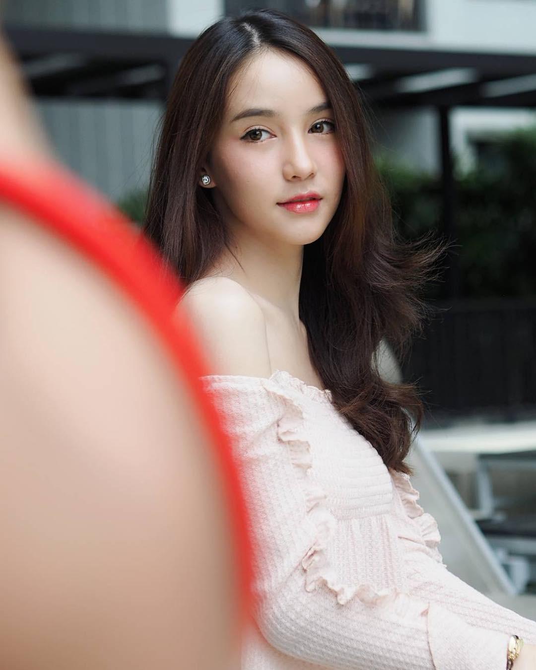 Soi mặt mộc của dàn mỹ nhân chuyển giới hot nhất Thái Lan: Nong Poy quá đỉnh, Yoshi đẹp tựa thiên thần đời thực - Ảnh 10