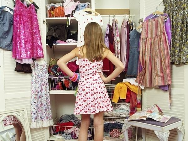 Bí quyết giúp nàng công sở không phải 'rối não' trước tủ đồ mỗi buổi sáng - Ảnh 1
