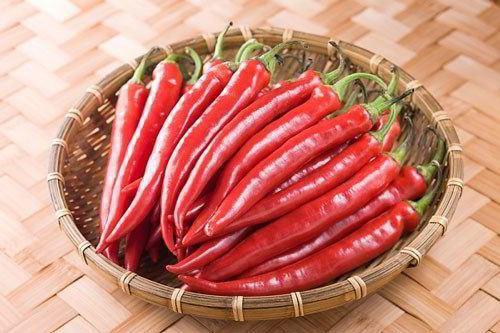Cách muối măng chua ớt tỏi ngon để được lâu không nổi váng - Ảnh 3