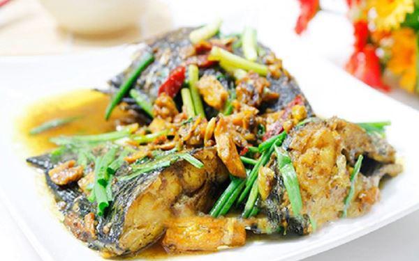 Cá kho nghệ miền Trung thơm ngon béo ngậy với cách làm đơn giản - Ảnh 5