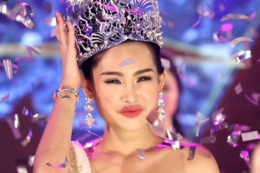 Hoa hau Le Au Ngan Anh tai xuat