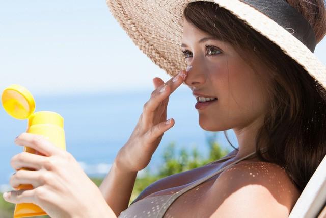 Cảnh báo: Nắng nóng ở HN đang gây nguy hiểm, cần biết điều sau để tránh bỏng da, ung thư - Ảnh 2
