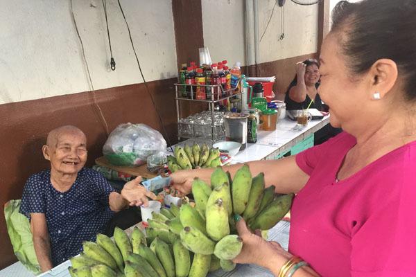 Người mẹ Sài Gòn cắt đất bán dần, một đời gồng gánh 6 con nuôi - Ảnh 3