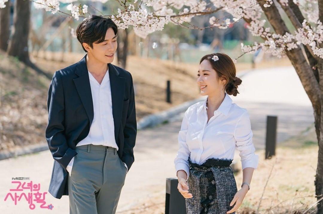 Phim Hàn gần đây có thể ảm đạm, nhưng thời trang trong đó vẫn là nguồn cảm hứng dạt dào cho chị em công sở - Ảnh 5