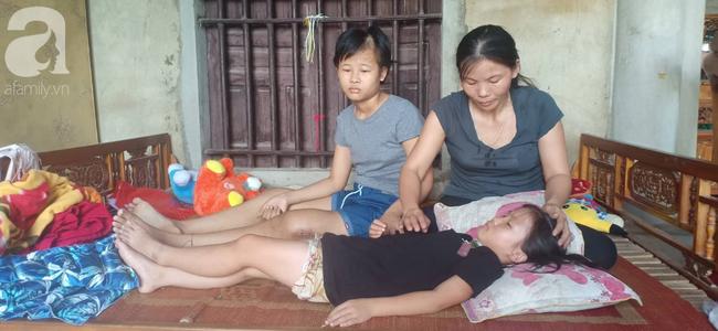 Tâm sự xót xa của bé gái 13 tuổi bị ung thư xương: 'Em con bị bướu cổ, con cưa chân rồi sao chăm sóc được em' - Ảnh 7