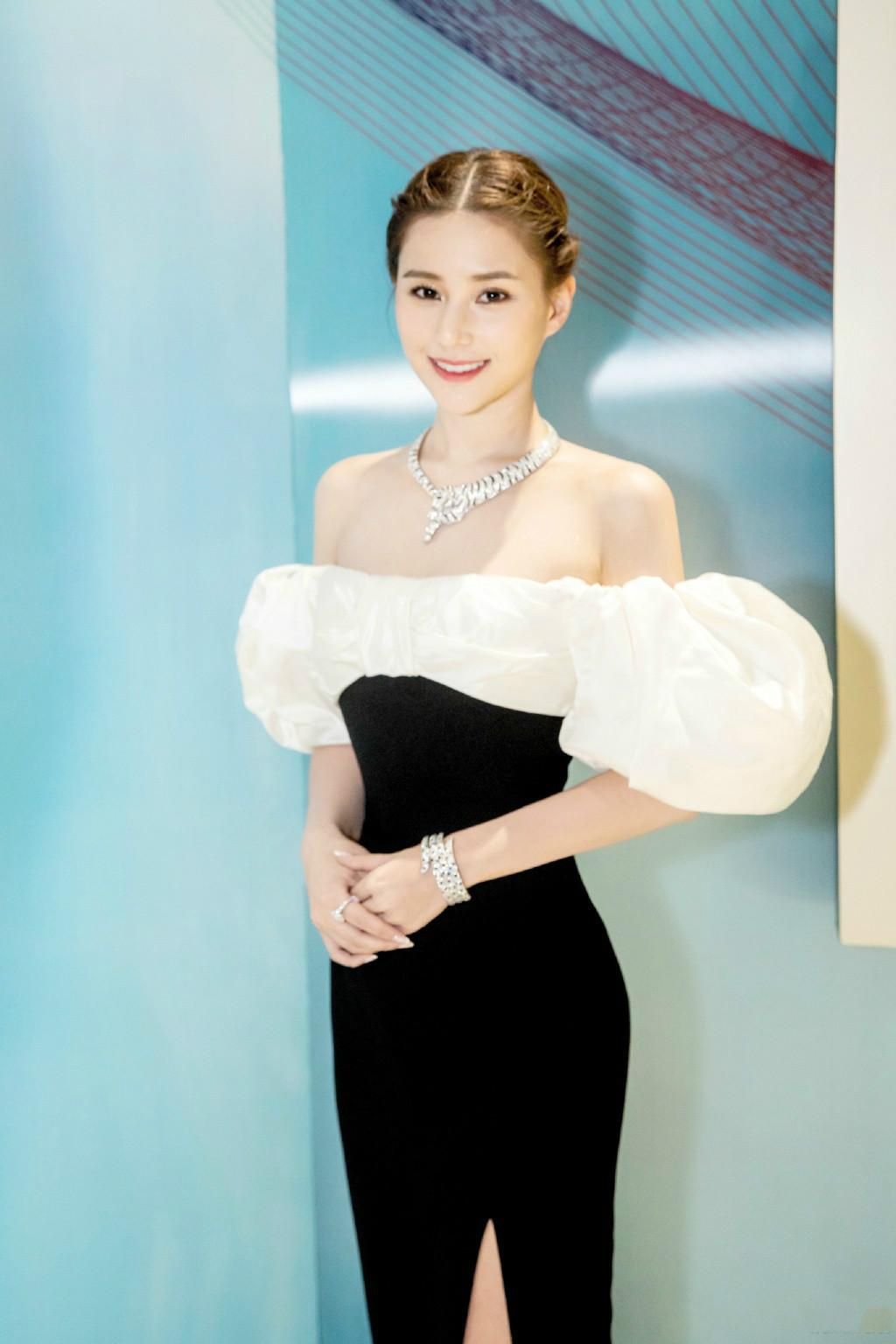 Ái nữ đẹp nhất của Vua sòng bài Macau: Sắc vóc ưu tú vạn người si mê, thuở nhỏ không biết danh tính thật sự của bố ruột - Ảnh 1
