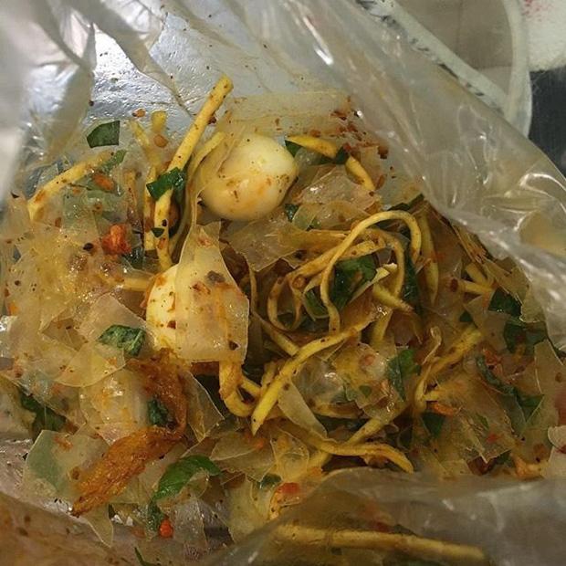 Bánh tráng trộn của Việt Nam từng khiến nhiều người Hàn giật mình sợ hãi nhưng ăn rồi lại bị 'nghiệp quật': từ sợ chuyển sang 'nghiện' - Ảnh 2