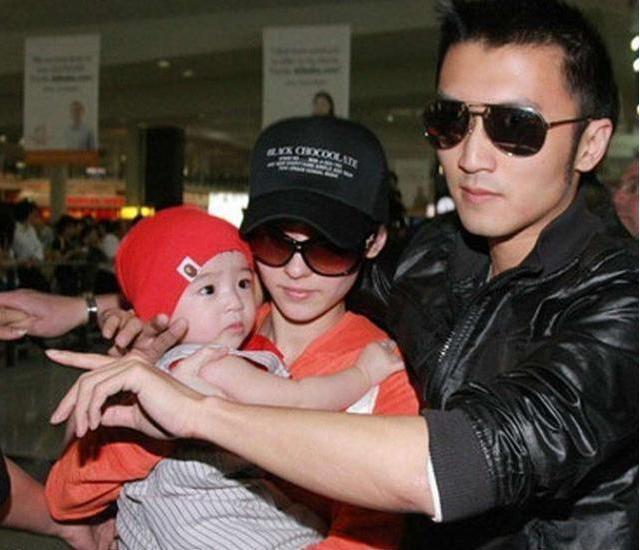 Bố Tạ Đình Phong ngầm xác nhận nam tài tử chính là cha đẻ con trai út của Trương Bá Chi? - Ảnh 4
