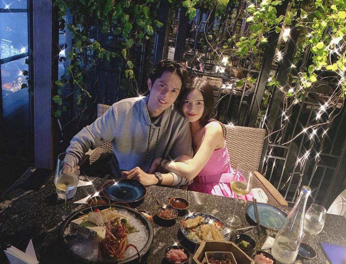Sĩ Thanh tung loạt ảnh kỷ niệm 1 năm hẹn hò Huỳnh Phương, thế nào mà fan lập tức rần rần: 'Cưới nhanh thôi anh chị ơi'? - Ảnh 3