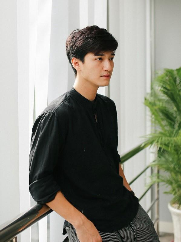Bị mỉa mai 'chợ búa' giống mấy bà bán cá, Việt Hương đáp trả gay gắt: '100 người chửi là mệt nha' - Ảnh 1