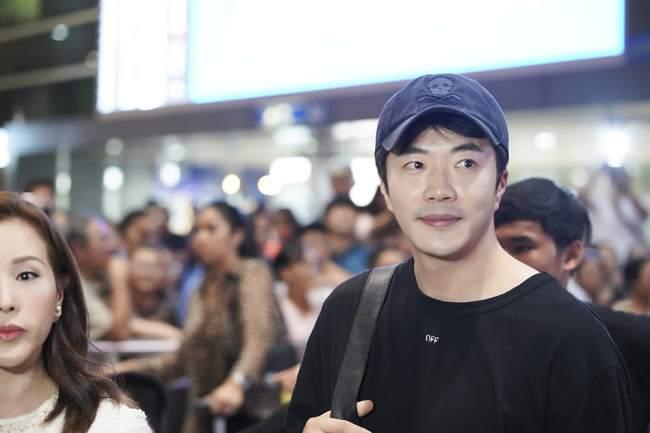 """Khánh My may đầm 'đặc biệt' đi gặp tài tử """"Nấc thang lên thiên đường"""" - Ảnh 6"""