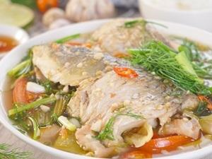 Công thức đặc biệt ngon cho món cá chép om dưa ngày mát trời - Ảnh 4