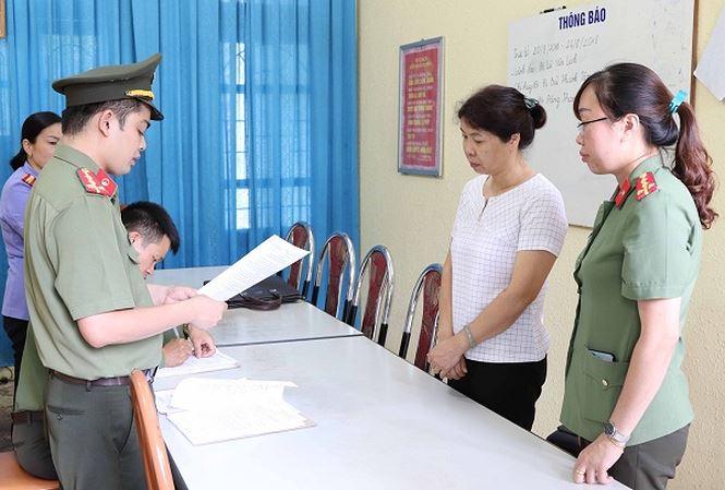 Gian lận điểm thi ở Sơn La: Thêm một phó phòng bị khởi tố - Ảnh 1