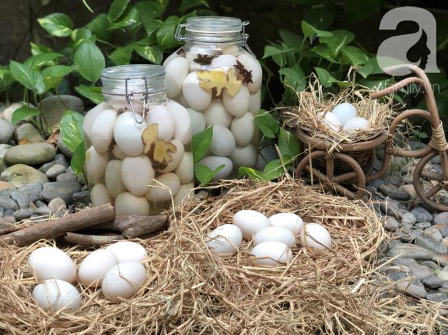 Mách bạn cách làm trứng muối thơm ngon đều chằn chặn, 10 quả như 1 - Ảnh 3