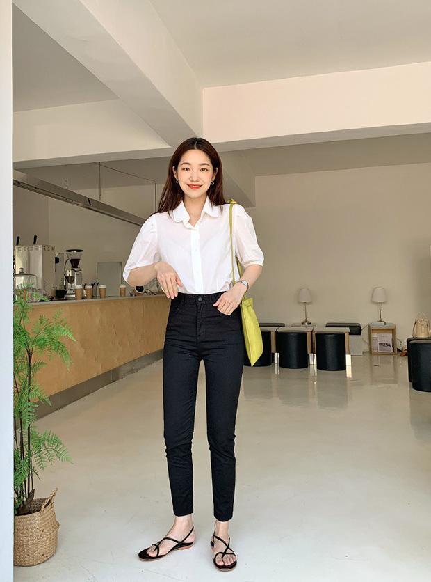 Để tránh bị chê 'không ra thể thống gì' khi diện quần jeans đi làm, nàng công sở chỉ cần nhớ đúng 4 tips - Ảnh 4