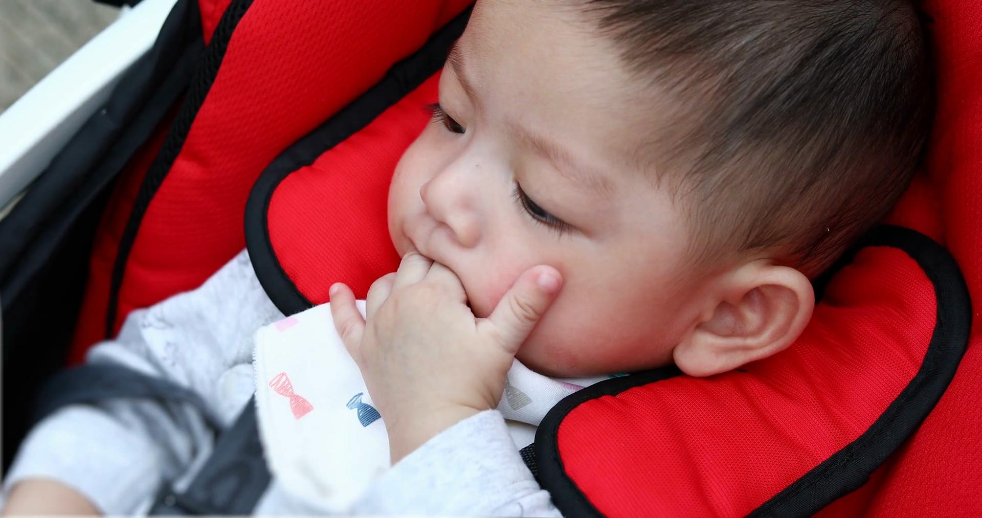 Hóa ra đây là lí do 10 bé thì cả 10 đều thích mút tay, mọc răng chỉ là một trong số rất nhiều nguyên nhân - Ảnh 2