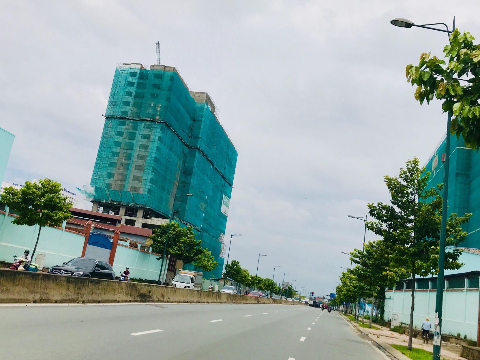 Làn sóng tăng giá ngầm căn hộ hoàn thiện tại TP.HCM - Ảnh 2