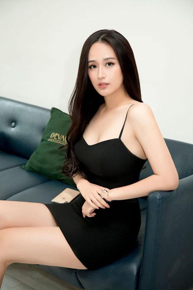 Mai Phương Thúy tiết lộ mẫu váy 'gây sát thương đàn ông' - Ảnh 4