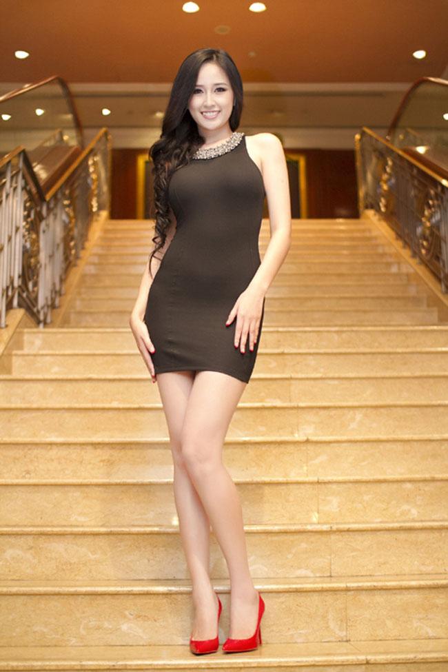Mai Phương Thúy tiết lộ mẫu váy 'gây sát thương đàn ông' - Ảnh 11