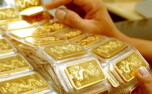 Giá vàng hôm nay 24/9, vọt lên đỉnh bất chấp USD tăng cao - Ảnh 1